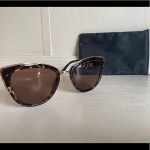 Quay Sunglasses NO SCRATCHES